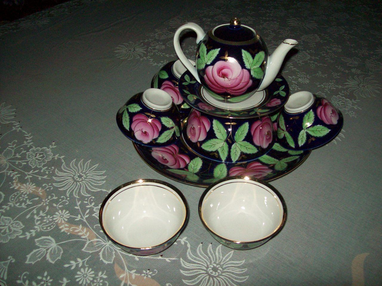 Декоративный фарфор. Узбекский чайный сервиз